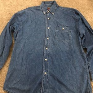 Mens Wrangler jean button down shirt